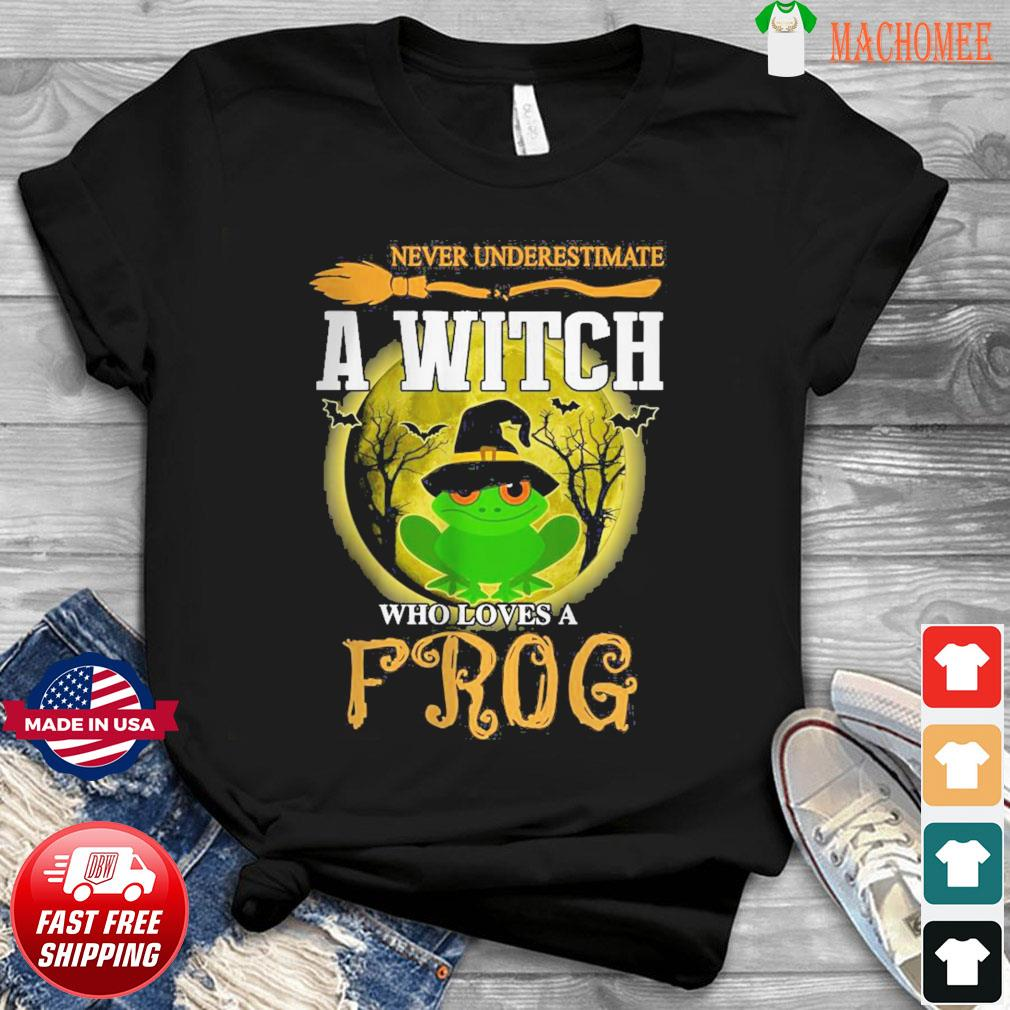 Never underestimate a Witch who loves Frog and Moon Halloween shirt